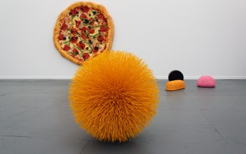 Frieze New York: Weird and Wonderful Works of Contemporary Art on Randall's Island