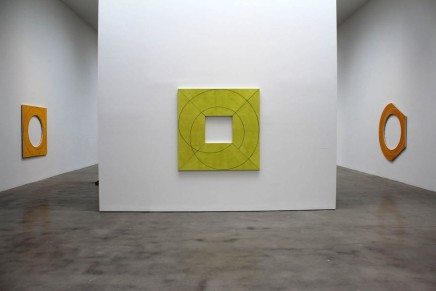 Robert Mangold: Squaring the Circle