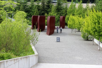 Olympic Sculpture Park: Seattle's Amazing Green Exhibition Space